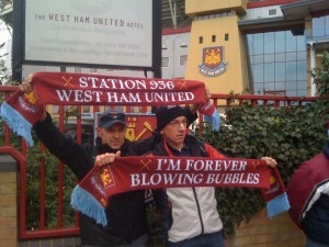 La sciarpa del West Ham United made in Italy by Station 936
