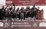 I giocatori del West Ham United festeggiano la vittoria dei Play-off