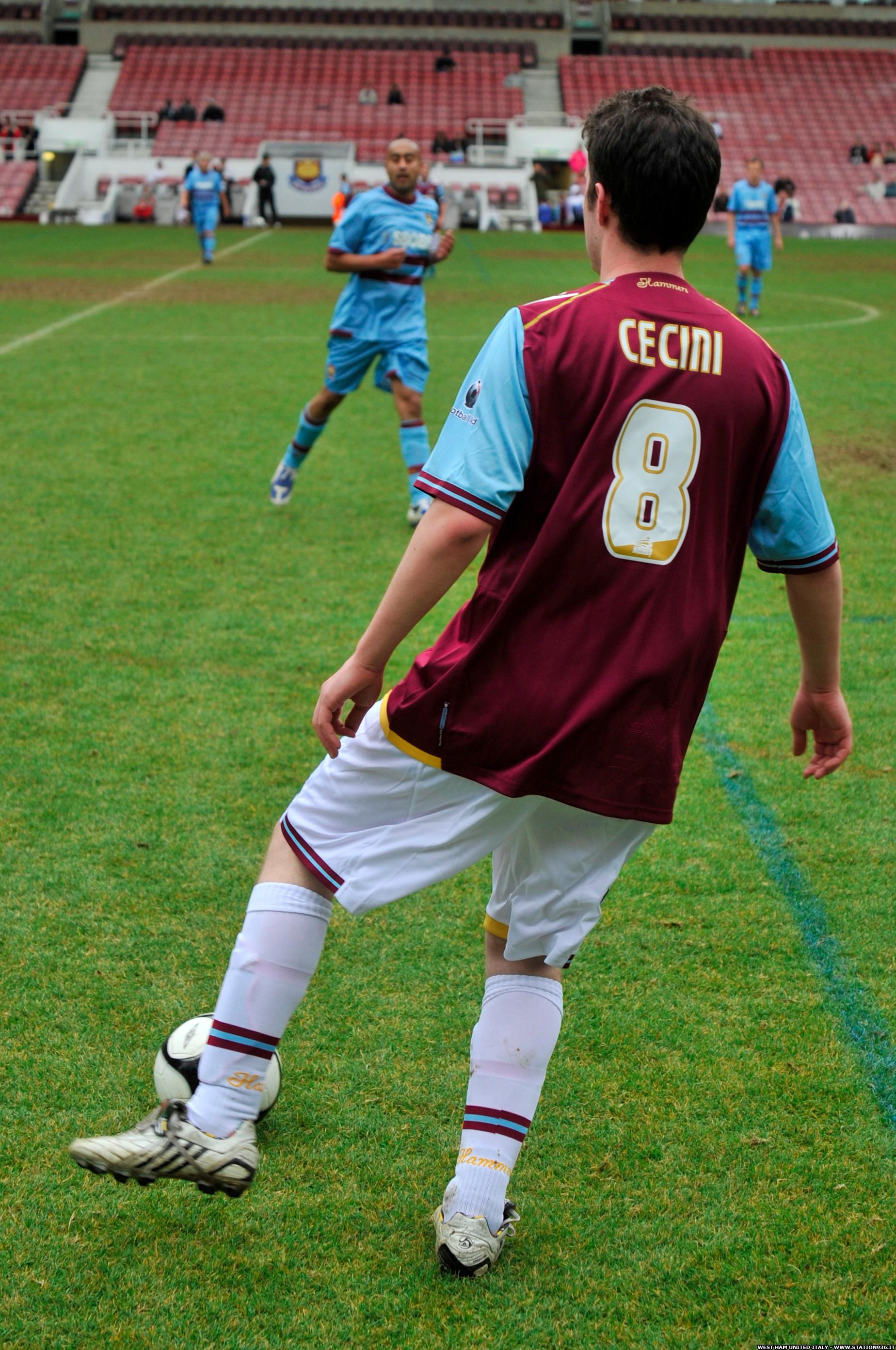 Partita Upton Park Boleyn Ground Station 936 tifosi italiani West Ham United 10