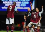 Espulsione di Carlton Cole contro l'Everton