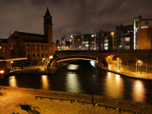 manchester_canal_scene_at_night