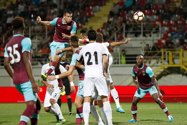 FC-Astra-Giurgiu-v-West-Ham-United-UEFA-Europa-League-Qualifying-Play-Off-First-Leg