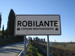 Fotomontaggio cartello stradale Robilante comune westhamizzato